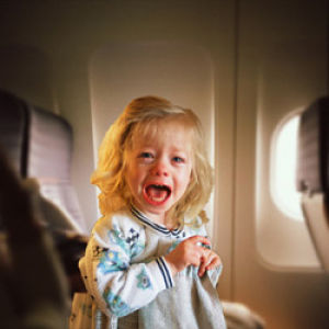 air-wars-child-crying-on-airplane-250_opt